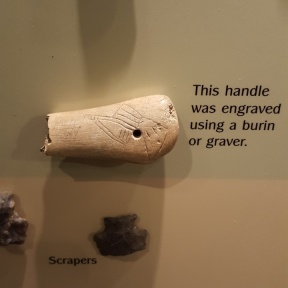 bone-handle-from-russell-cave_19253065756_o